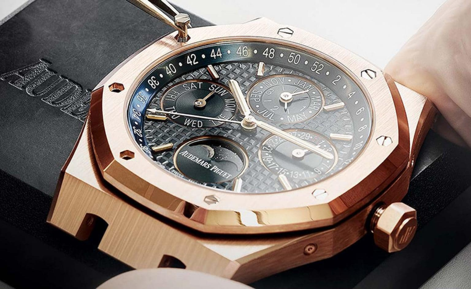 Find Out Best Replica Watch Prices Now and Finalize Your Style